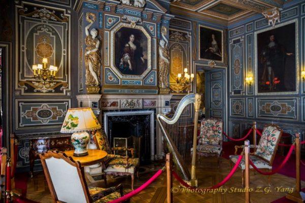 Interior decoration in castle Cheverny