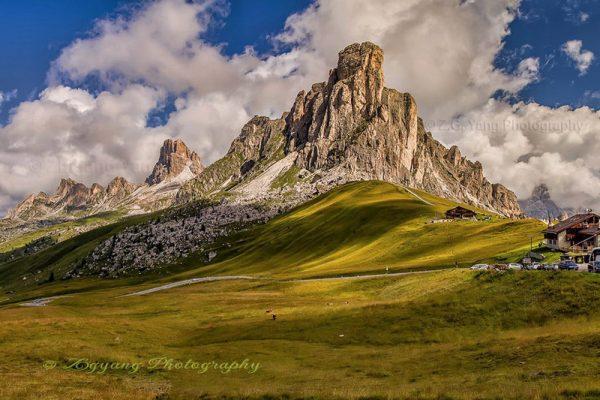 Moutain peaks of Cinque Torri Italy