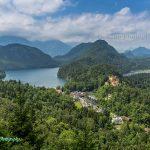 德国古天鹅城堡和阿尔普湖