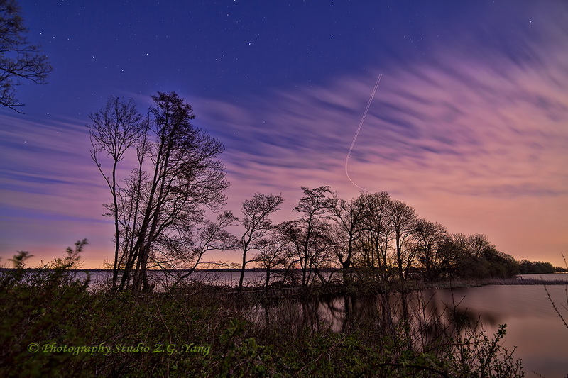 lake-loosdrecht-by-night