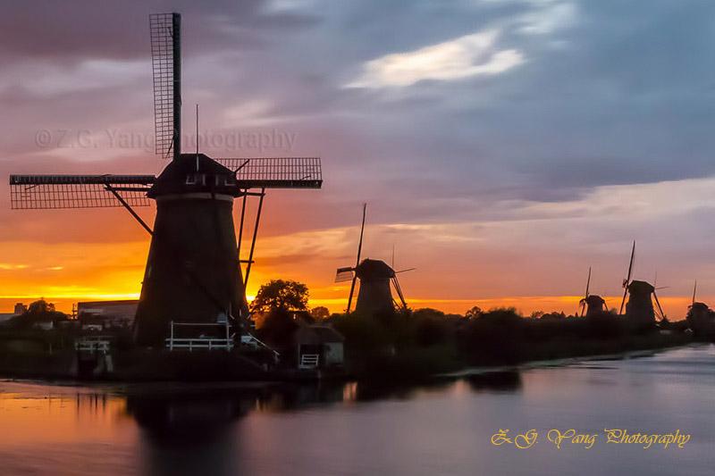 windmills-at-kinderdijk