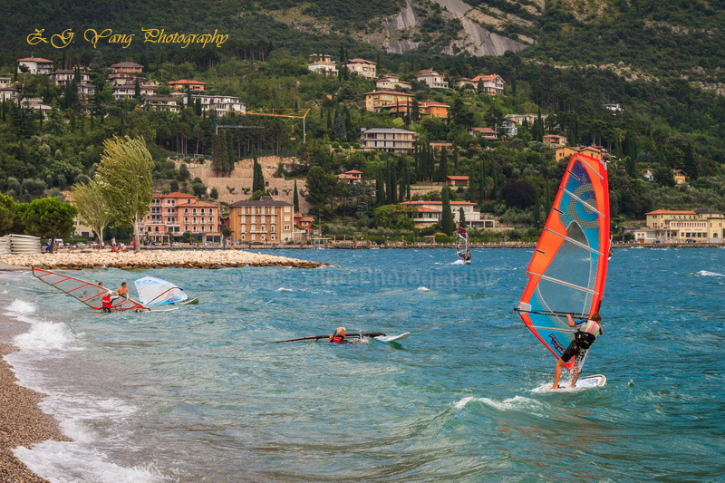 windsurf-at-garda-lake