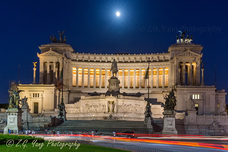 altar-of-the-fatherland-by-night-in-rome