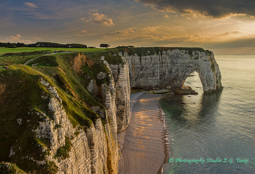 etretat-cliffs-and-rock-formations-4
