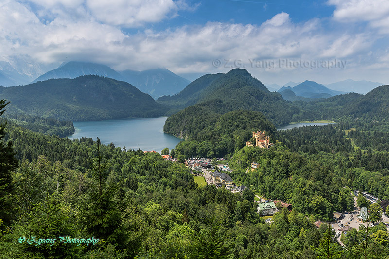 hohenschwangau-castle-and-lake-around