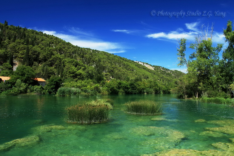 lake-in-croatia-lozovac