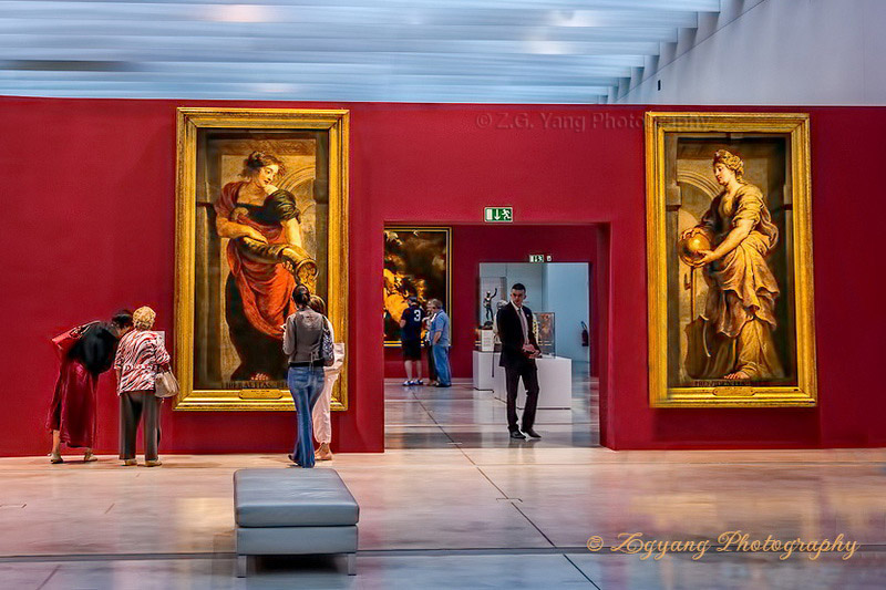 oil-paintings-at-louvre-museum-lens