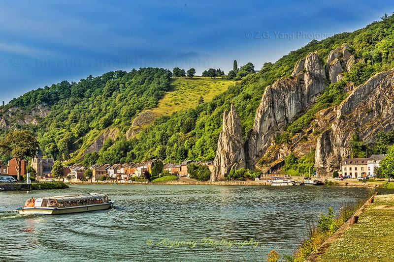 rock-formation-along-meuse-river-near-dinant