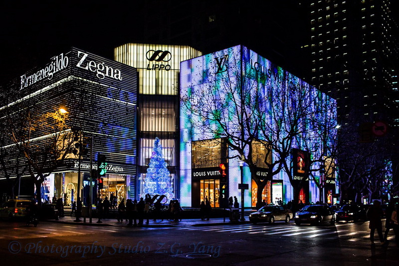 shopping-street-huaihai-road-shanghai