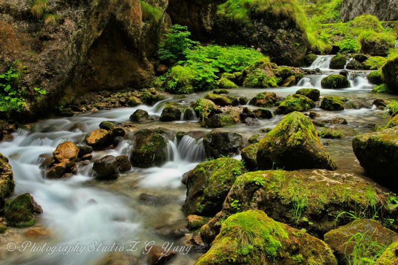 waterfall-in-serrai-di-sottoguda